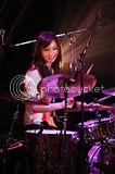 SCANDAL LIVE TOUR 2011 「Dreamer」 Th_scandal_zepp_img_0797