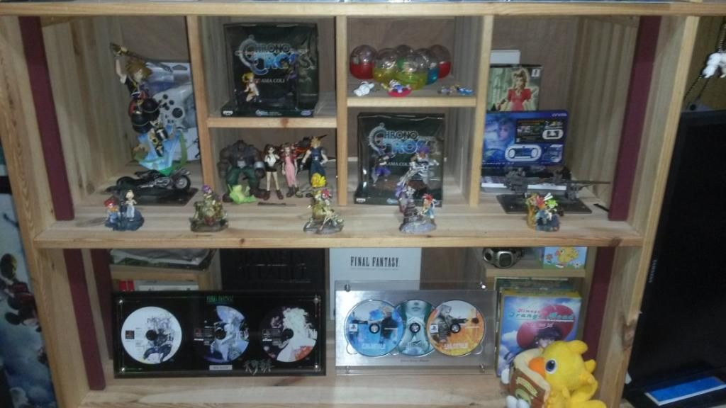 My  Katsle - goodies et figurines  Final Fantasy - - Page 3 20141117_133835_zpse510109d