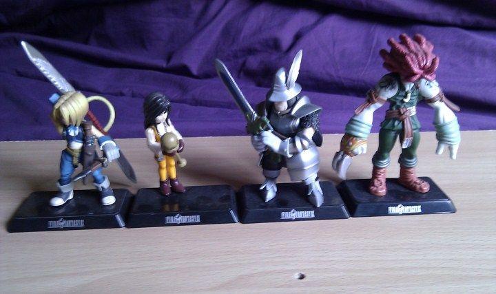 Figurine Final Fantasy 7 renseignements débutant IMAG1724_zps9370e9aa