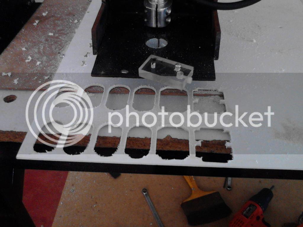 trabajo - Primer intento de CNC ROUTER.... - Página 4 IMG_20140513_145150_zps837d844b