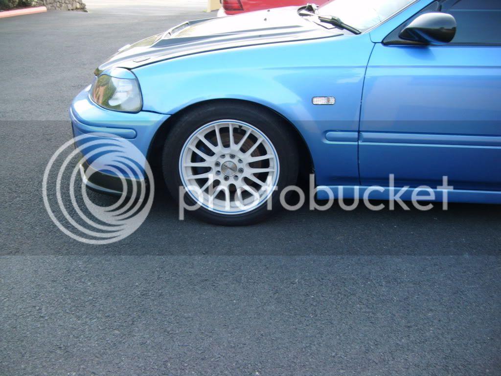 can anyone photoshop my wheels???? please DSCF2007