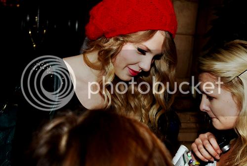 Taylor Swift - Page 5 Tumblr_kwbsrpeFVL1qzirnvo1_500