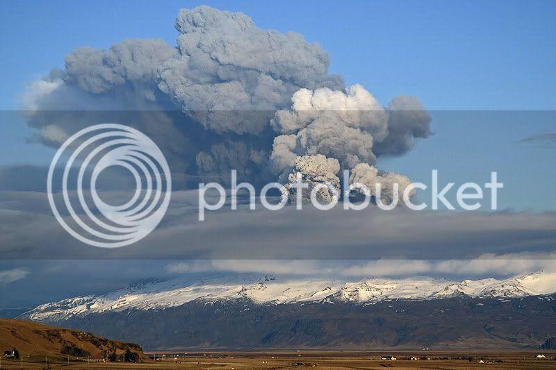 Iceland Volcano Pics Ejafjalla16apr2010-mfulle4122j
