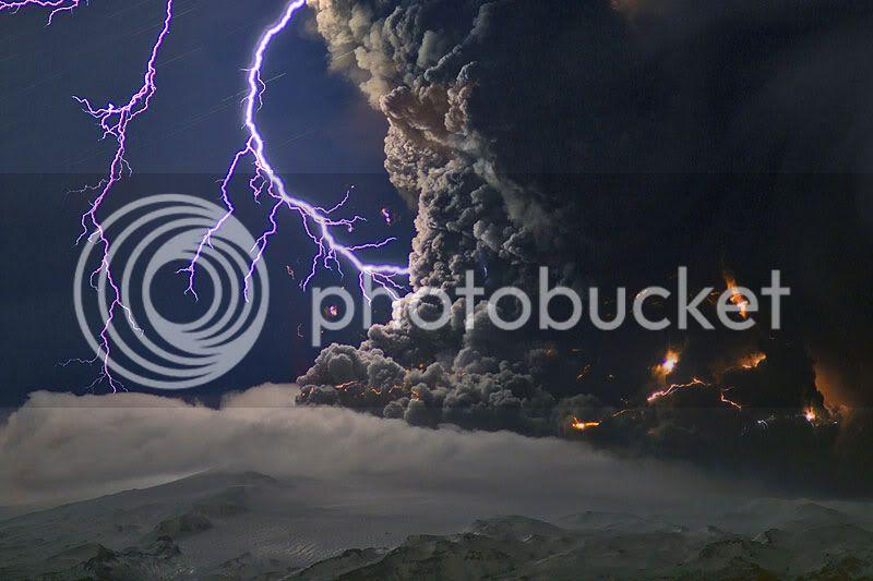 Iceland Volcano Pics Ejafjalla16apr2010-mfulle4145j1