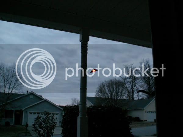 UFO buzzes Sydney 600_TriangleUFO1