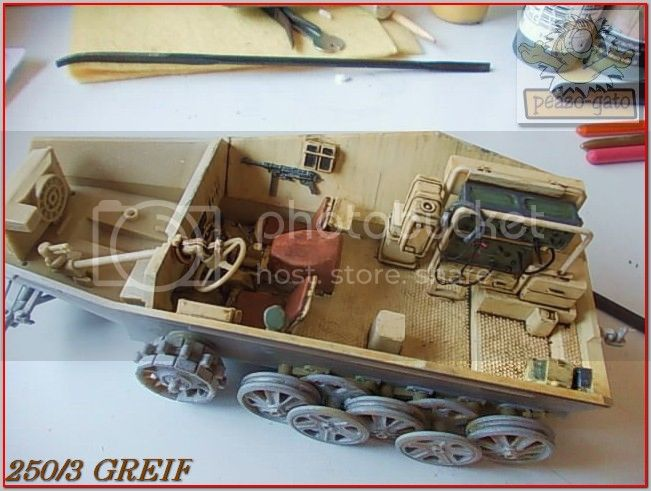 """Sd Kfz 250/3 """"GREIF"""" , Tobruk 1942 (terminado 24-06-14) 48ordm250-3GREIFpeazogato_zpsa10eb5e8"""