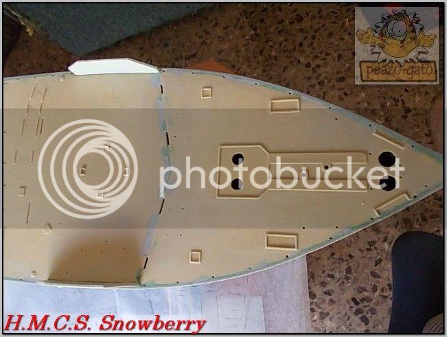 H.M.C.S. Snowberry 65ordmHMCSSnowberrypeazo-gato_zpsaabef60b