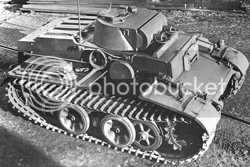 PZ I ausf F (VK 18.01) Panzer-I-F-02_zps29246199