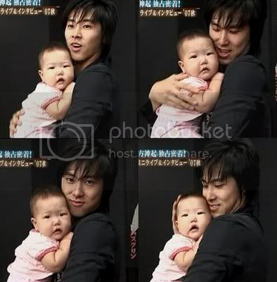[PIC] Appa Yunnie~ Yunho with kids 2-4