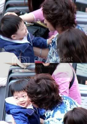 [PIC] Appa Yunnie~ Yunho with kids 3-1