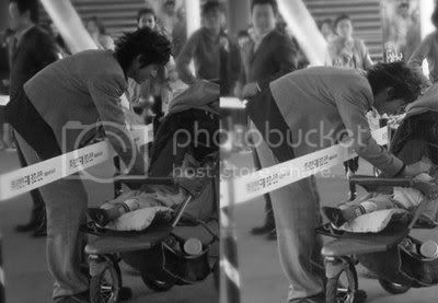 [PIC] Appa Yunnie~ Yunho with kids 4-1