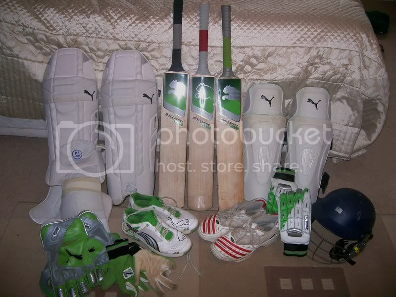 Post your cricket kit here. 101_0496
