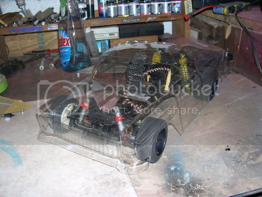 Built a chassis from junk parts to Display bodies DSCN0146