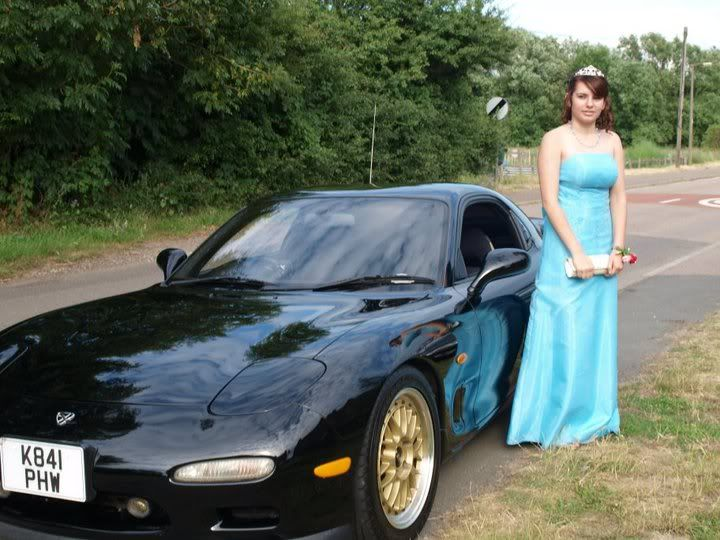 My prom (more pics to come when i get them)  34977_1531768015784_1282281729_3151