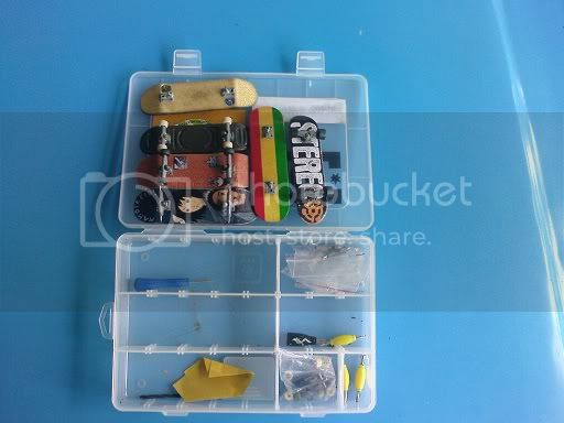 post your fingerboard case/box - Page 3 DSC00174