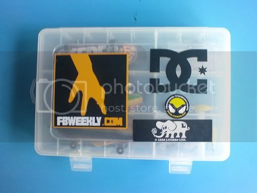 post your fingerboard case/box - Page 3 DSC00175