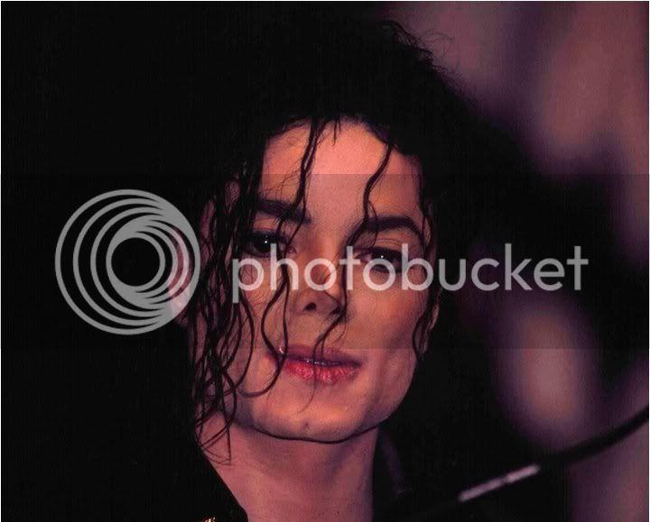 Raridades: Somente fotos RARAS de Michael Jackson. 207200_204137459617355_121841604513608_601030_811160_n