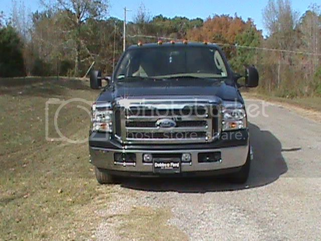 2005 F-350 Dualley and 32' Enclosed trailer Jose008