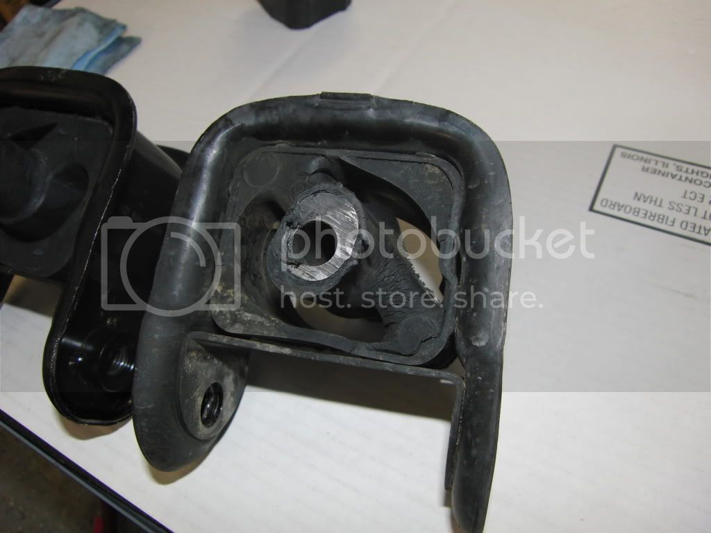FAQ: Engine/Transmission Motor Mounts - Page 6 CIMG0420