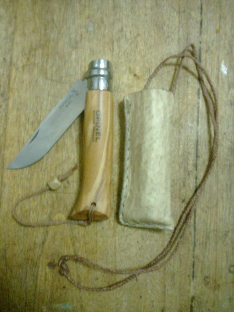 Machetes y cuchillos que uso en mis salidas Foto0535_zps108abedf