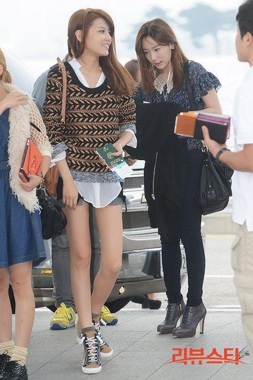"""[22092012][news]Sò đen diện xtyle như """"không mặc quần"""" ở sân bay So_zps6bf93c17"""