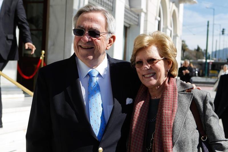 Miembros actuales de la Casa Real Griega Tatoi6_zpse62ad2c6