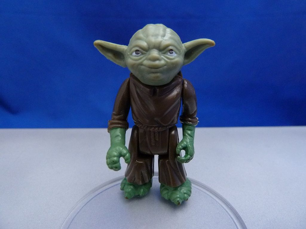 Yoda Olive Head with Hong Kong COO#3 3238323933666365