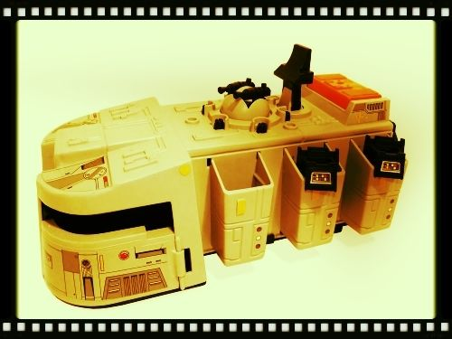 PROJECT OUTSIDE THE BOX - Star Wars Vehicles, Playsets, Mini Rigs & other boxed products  - Page 6 Imperial-cruiser_zps523ff69b