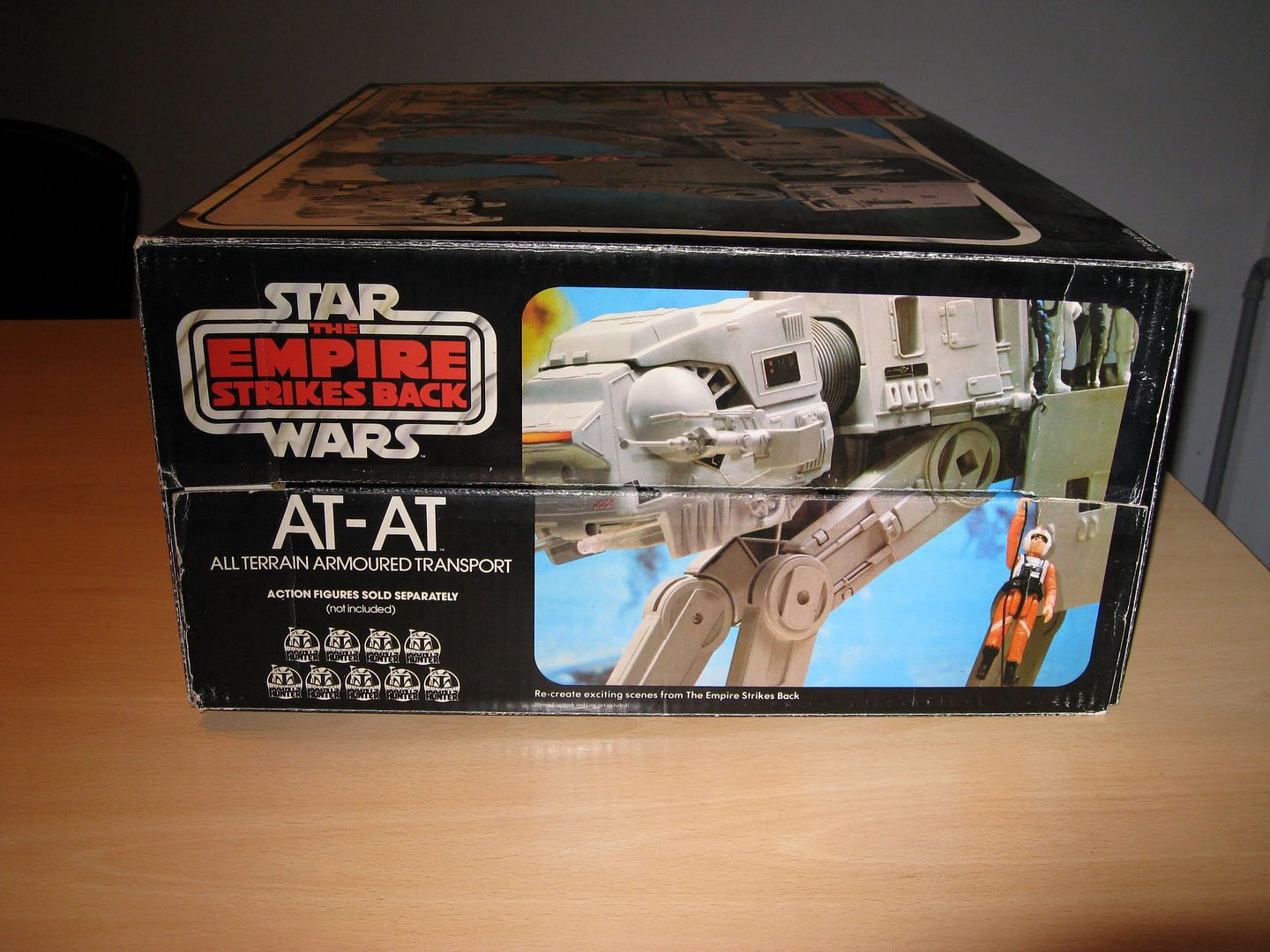 Capturing The Logs.... (UPDATED 20/09/2014) Sw_AT-AT_esb_palitoy007_zps1403ddf1