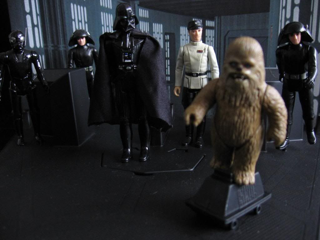 Star Wars Figures in Action!!: Overview On Page 1 IMG_2689_WookieeLifeDayattheDeathSt