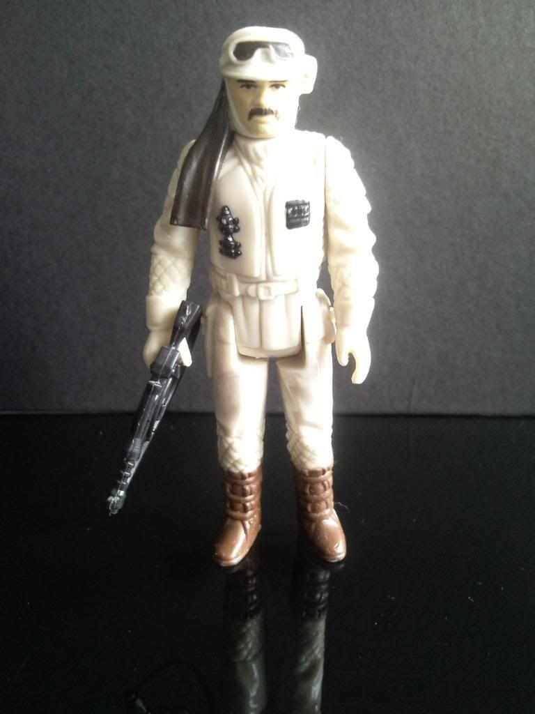 Rebel Commander Question P100926_113032