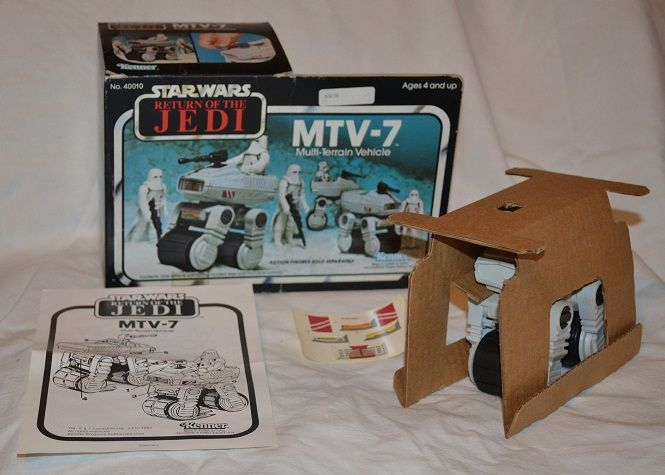 PROJECT OUTSIDE THE BOX - Star Wars Vehicles, Playsets, Mini Rigs & other boxed products  - Page 2 Rotj_m13