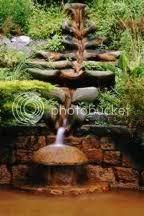 Glastonbury, The Chalice Well (heilige bron) ImagesCAKQMVWZ