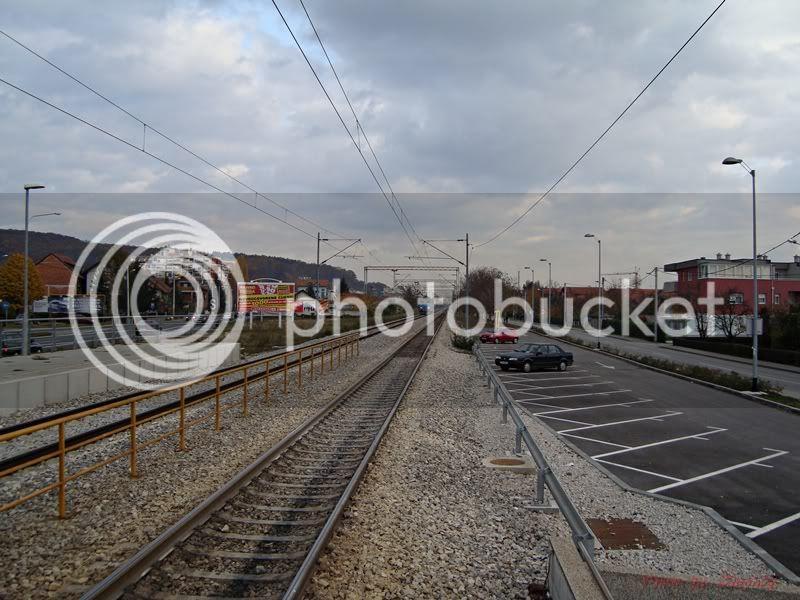 Vlakovi u daljini DSC07228