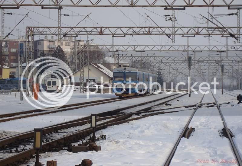 Vlakovi u daljini DSC07943