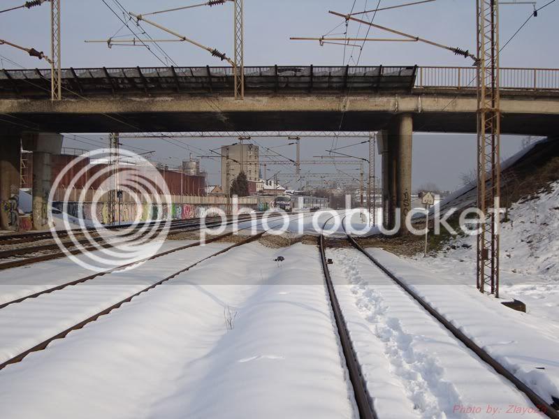 Vlakovi u daljini DSC07948
