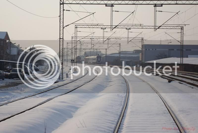 Vlakovi u daljini DSC07965
