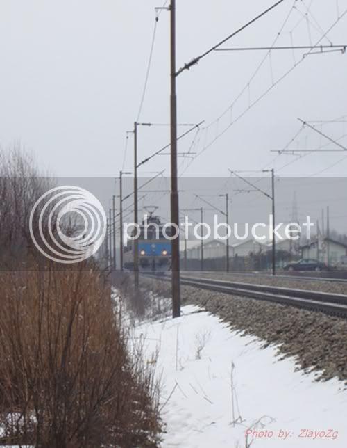 Vlakovi u daljini DSC08057