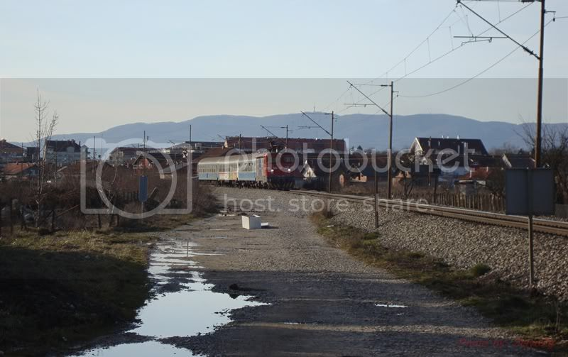 Vlakovi u daljini DSC08191