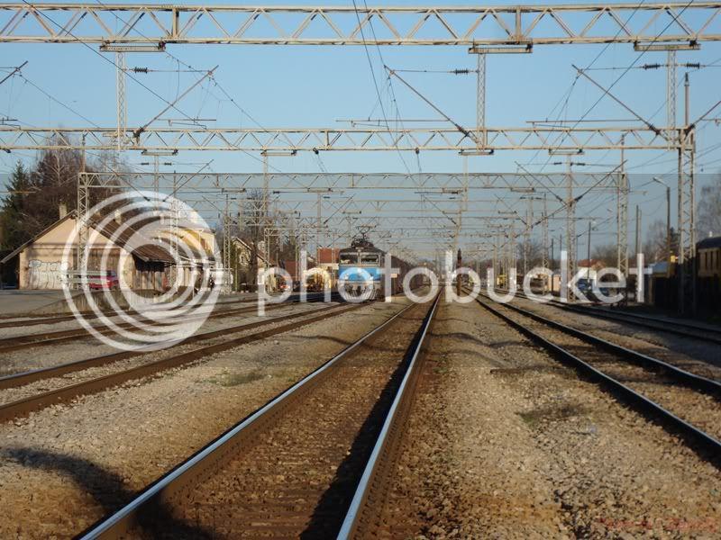 Vlakovi u daljini DSC08237