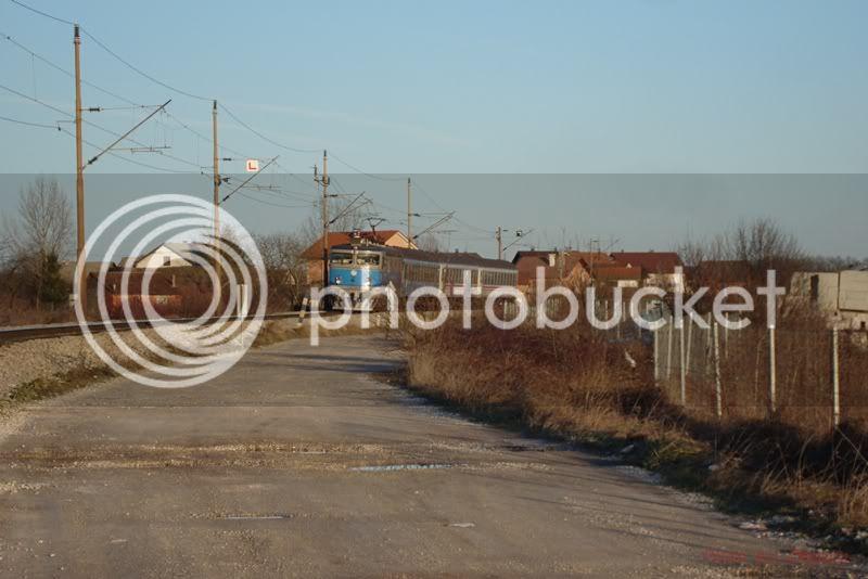Vlakovi u daljini - Page 2 DSC08263