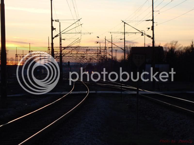 Vlakovi u daljini DSC08311