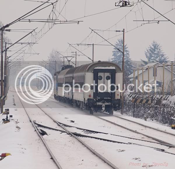 Vlakovi u daljini P1016342