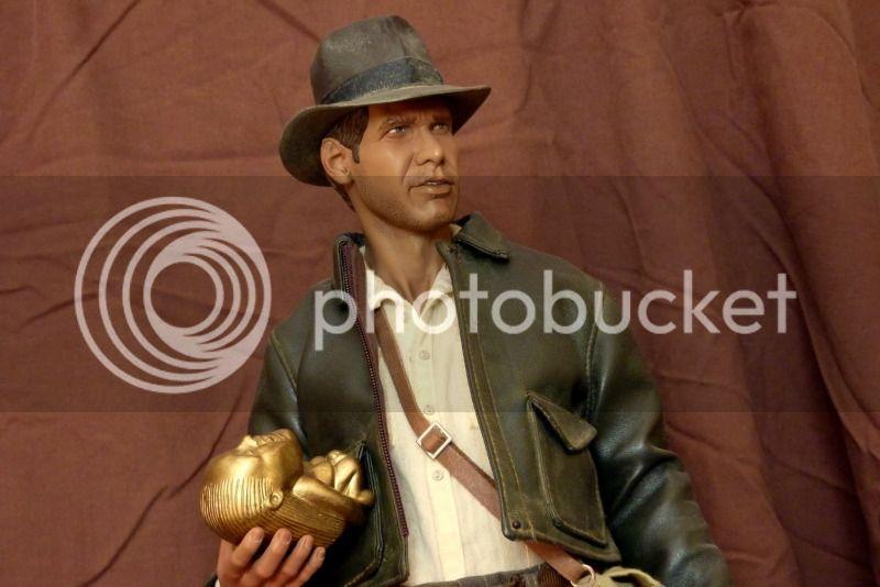 Repaint PF Indiana Jones . P1000093