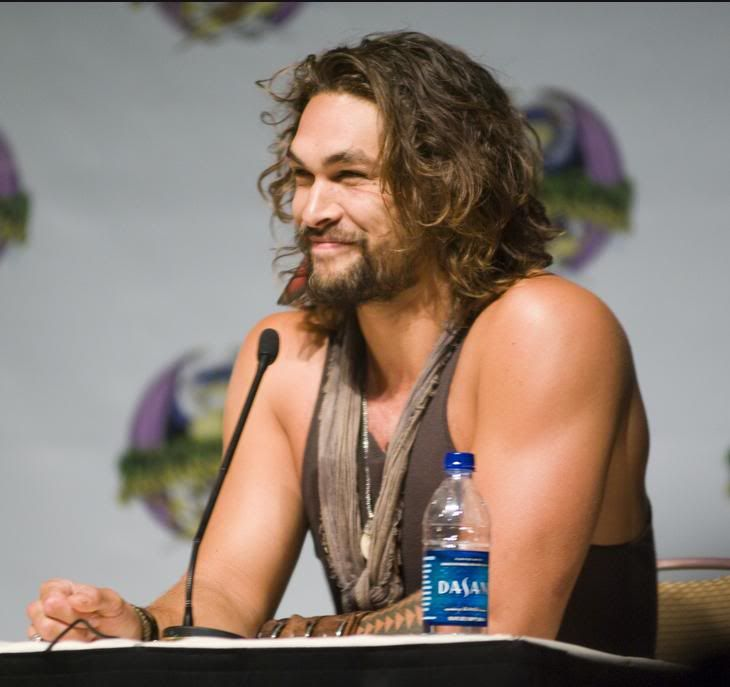 The Ronon Dex/Jason Momoa Thread - Page 21 Hmmm
