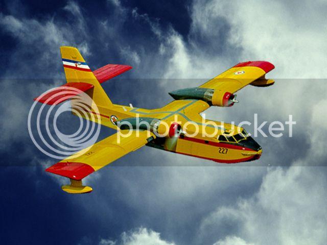Canadair CL-215  Protiv pozarni avion 111943_49354209_74227_zps02beb860