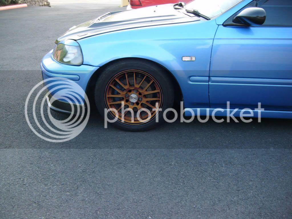 can anyone photoshop my wheels???? please Civicbronze