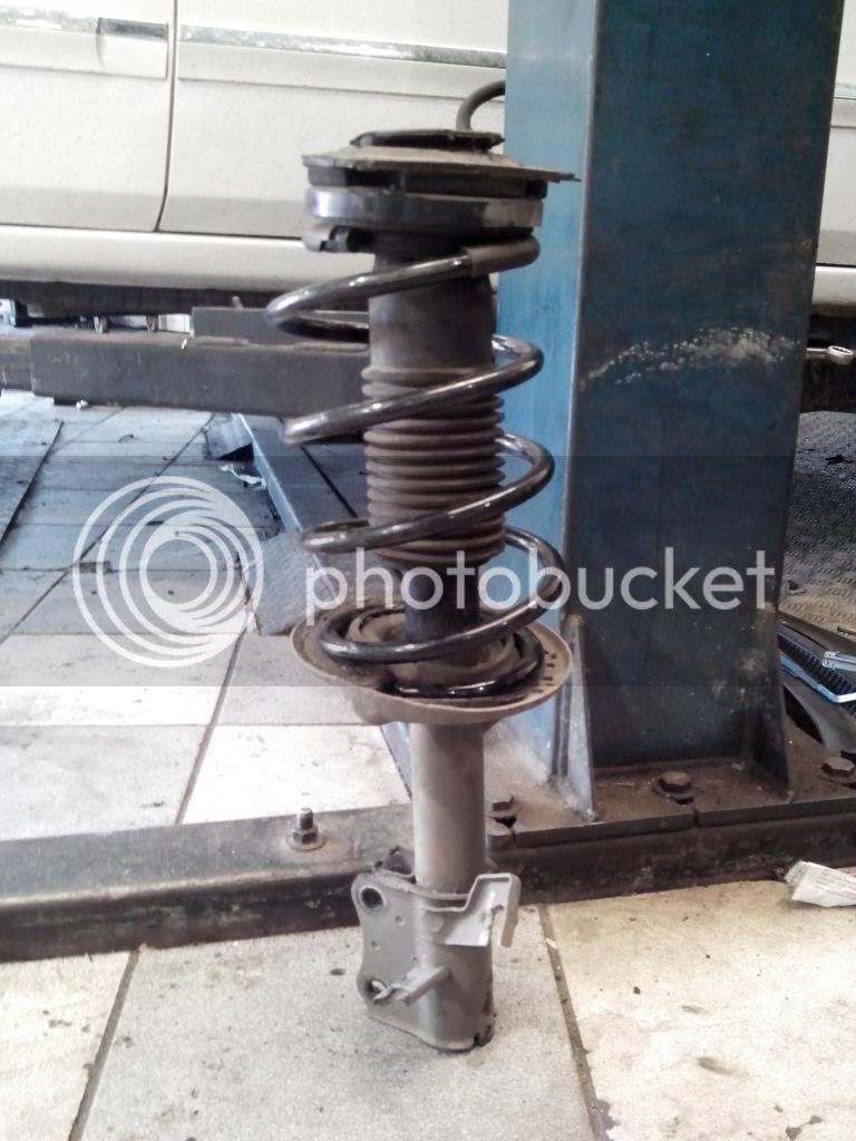 Tropicalização da suspensão dura do Nissan Sentra B16 (antigo Sentra) IMG_20140530_092827_zpsd220dfc5