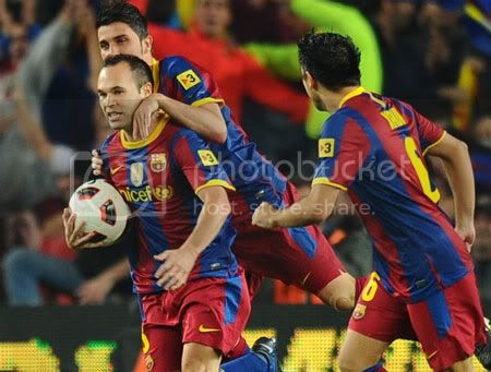 Barcelona trước cơ hội vô địch La Liga lượt đi Da6Xavi021210-1