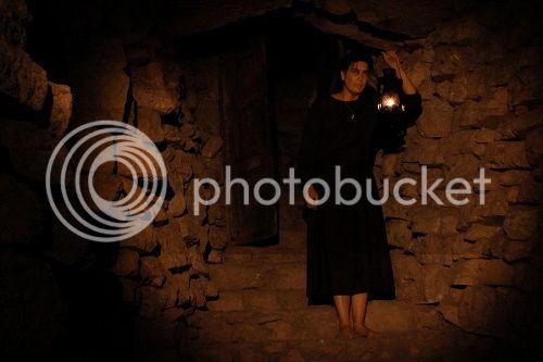 Phim kinh dị HOT The House of the End Times - Ngôi Nhà Của Cái Chết - 2013 TheHouseoftheEndTimes-hot_zps84b87180